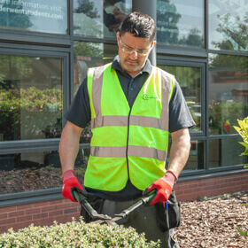 Facilities Management - grounds maintenance 3