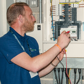 Facilities management - emergency reactive maintenance 4